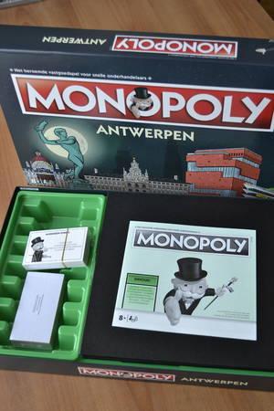 Unboxing Monopoly Antwerpen