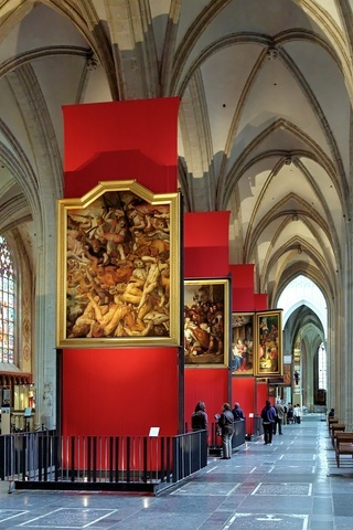 Paintings of Rubens in the Cathedral of Our Lady